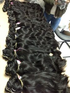 VIETNAM HAIR MACHINE WEFT #1B NATURAL WAVY 20  inch