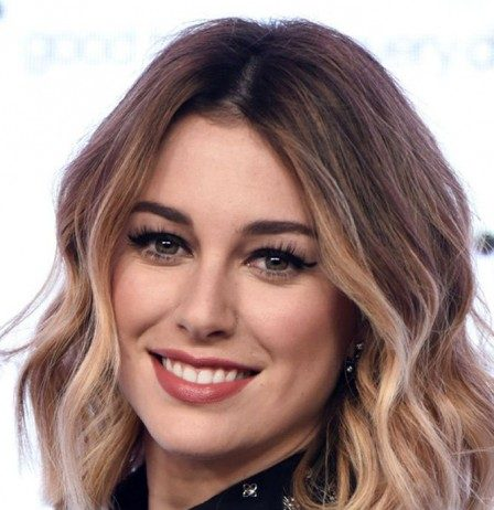 Short Wavy Hair With Middle Part